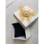 """Кутия за Подаръци """"Златно Цвете"""" с  Размери 90 x 90 x 60mm"""