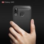 Samsung Galaxy A40 Удароустойчив Carbon Fiber Калъф и Протектор
